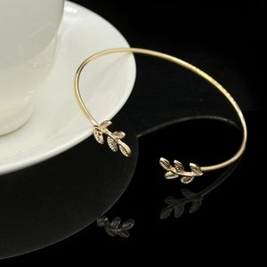 B2G1 🆓 Gold Leaf Open Cuff Bangle Bracelet